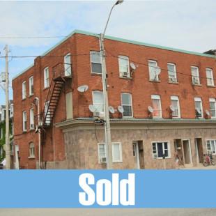 445 Barton Street, Hamilton: $549,000