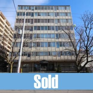 302 – 101 Queen Street South, Hamilton: $139,900