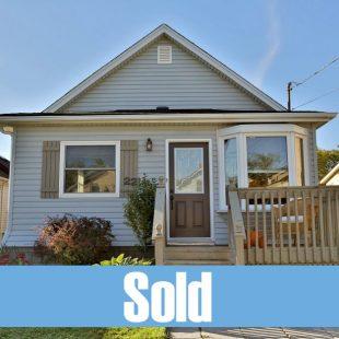 22 Hazel Street, St. Catharines: $259,900