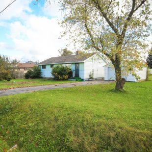 44 Leckie Avenue, Stoney Creek: $589,900